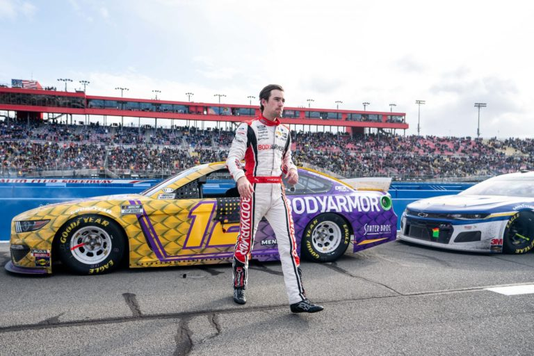 The Midfielder – Ryan Blaney Finishes 19th in Auto Club 400